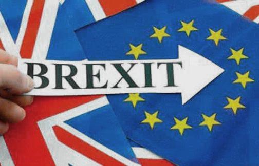 "<b>财经随笔:""脱欧""公投后英国经济到</b>"