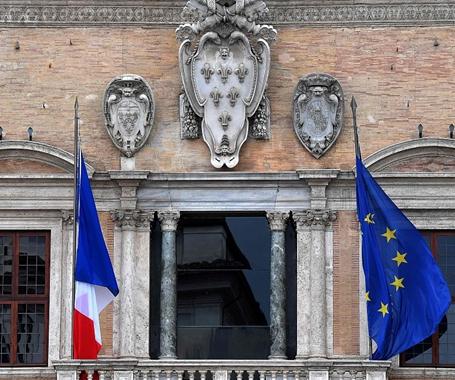 法國決定召回駐意大利大使