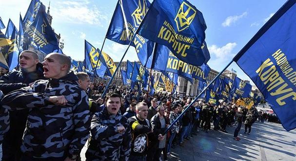 乌克兰民众集会要求调查军队腐败问题 与警方发生激烈冲突