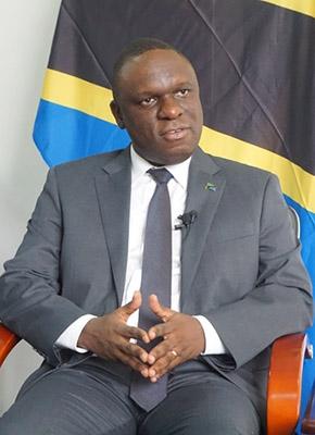 """专访坦桑尼亚驻华大使:""""一带一路""""是中国为世界做出的贡献"""