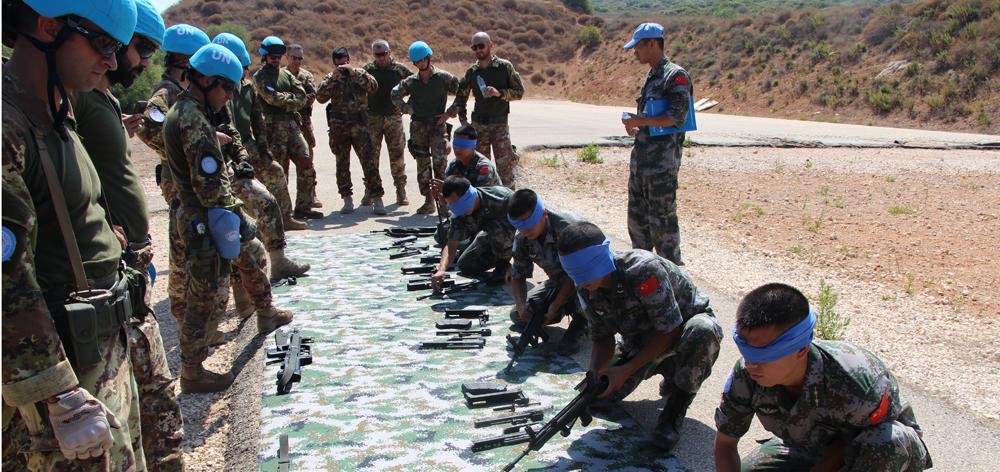 中意赴黎維和官兵聯合開展應急防衛和醫療救援訓練
