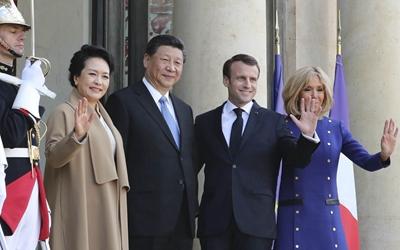 習近平和彭麗媛出席法國總統舉行的隆重歡送儀式