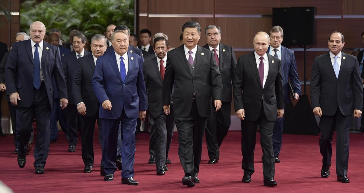 """習近平出席第二屆""""一帶一路""""國際合作高峰論壇開幕式並發表主旨演講"""