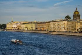 聖彼得堡國際經濟論壇呼吁反對貿易保護主義(資料)