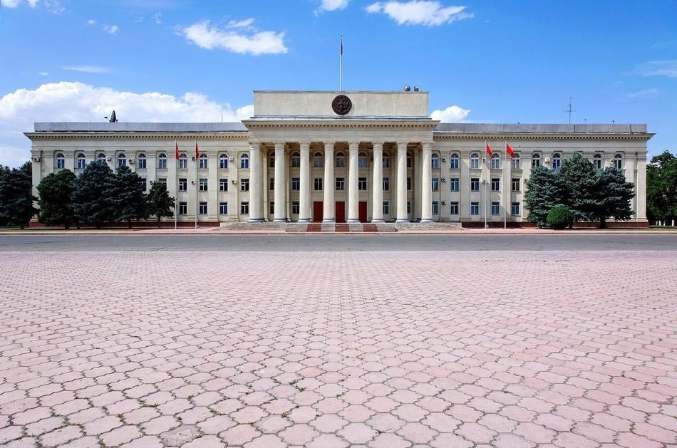 中國同吉爾吉斯斯坦的關係