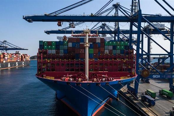 希臘比雷埃夫斯港中轉進博會展品貨物