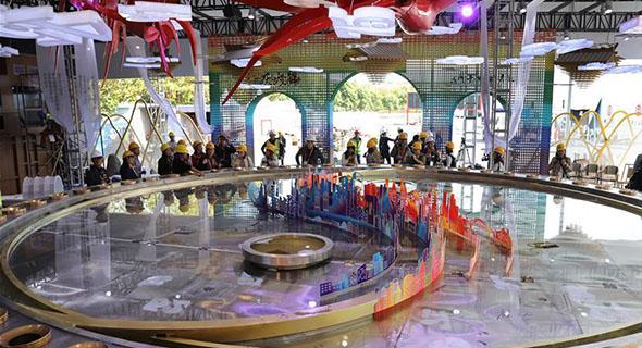 探訪進博會新增展區:品味非遺文化 體驗汽車科技