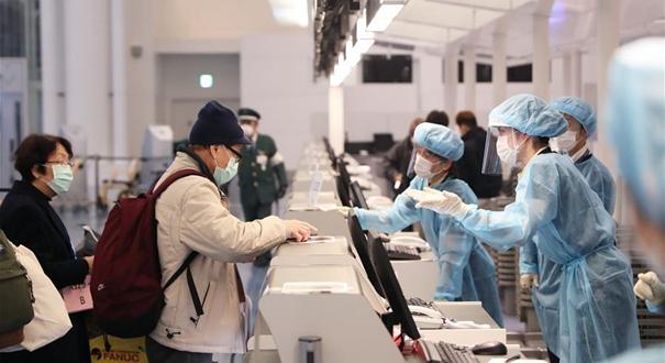"""""""鑽石公主""""號郵輪部分中國乘客乘包機返港"""