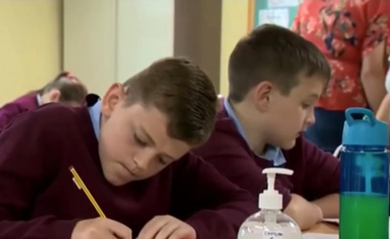 英國各中小學校正式復課
