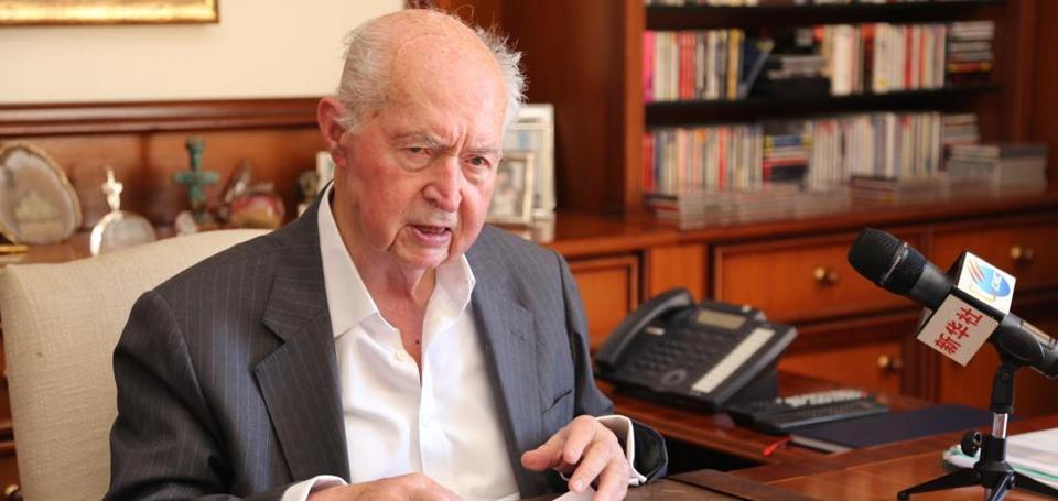 塞浦路斯前总统:中国共产党带领中国取得的成就前所未有