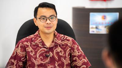 全球连线   中国的发展模式将为世界作出更多贡献——访马来西亚人民公正党全国总财政李健聪