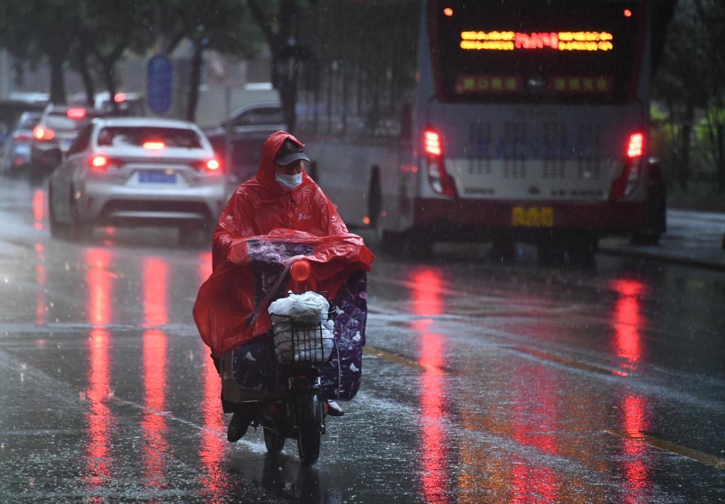 北京迎來強降雨
