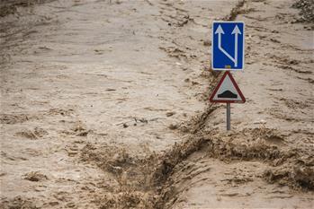 伊朗全國大部受到洪災影響