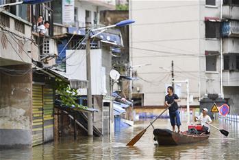 洪水來時,那暖心的民間救援