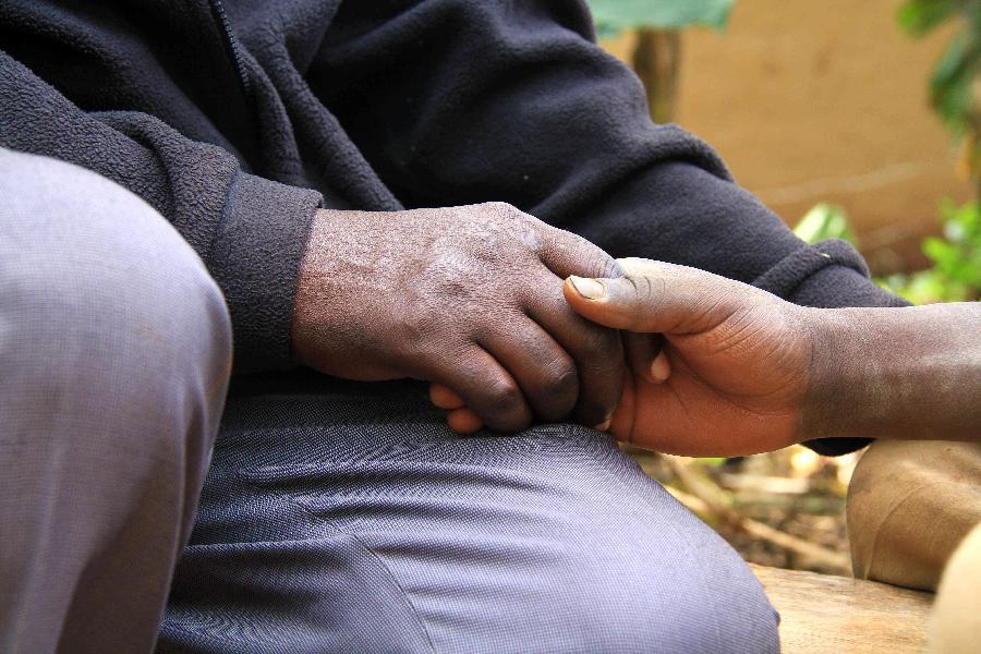 掙扎在生命邊緣的烏幹達艾滋孤兒