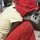 海地:屍體開始腐爛 難民瘋搶生活用品
