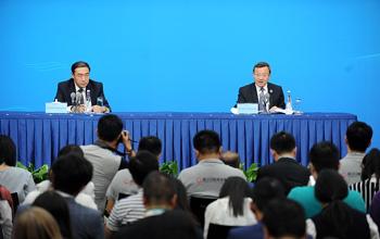 中國代表團商務部副部長王受文舉行新聞發布會(高清組圖)