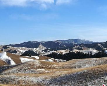 甘肅肅南祁連山區正月雪域風光美如畫