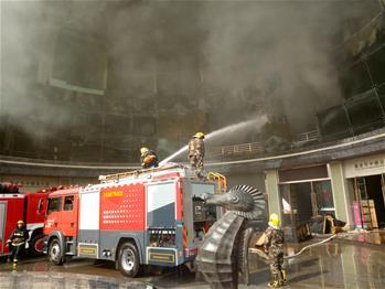 南昌一家星級酒店發生火災已造成10人死亡