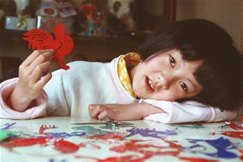 """絕症女孩李歡:把""""愛和堅強""""吟唱到生命終點"""