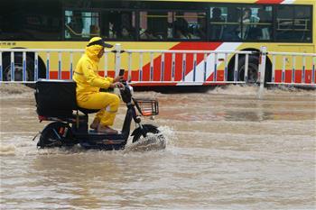福建廈門遭遇暴雨天氣
