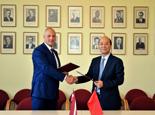 劉思揚與拉脫維亞通訊社社長簽署新聞交換與合作協議