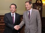 俄羅斯副總理茹科夫會見新華社總編輯何平