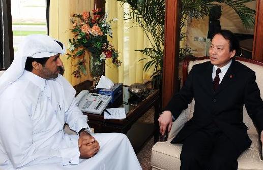 何平會見卡塔爾通訊社社長賈巴爾