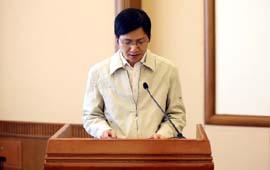 中央电视台编辑龚雪辉在成立大会上发言